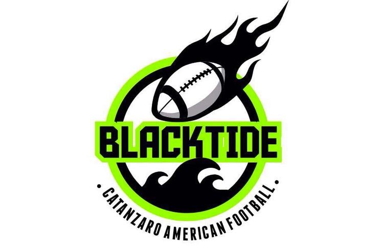 blacktide football americano