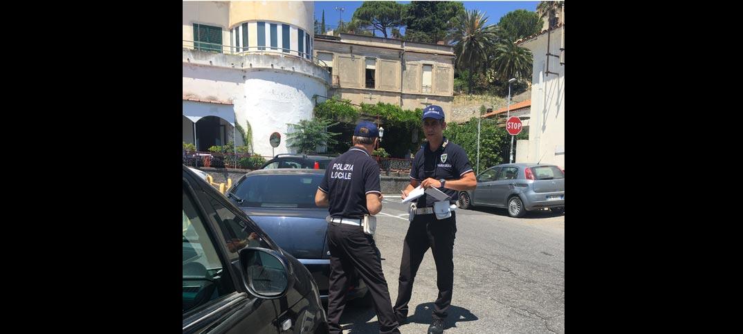 sosta selvaggia polizia